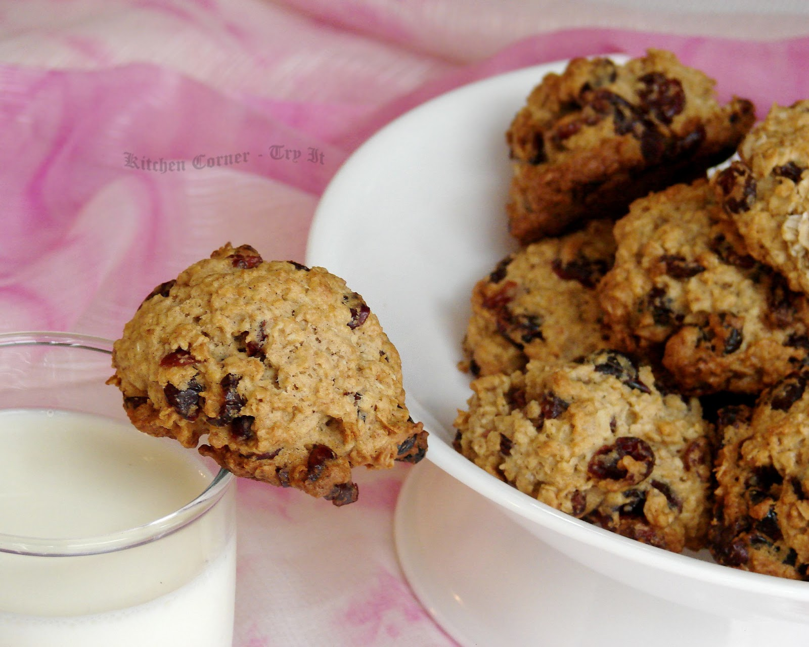 Healthy Oatmeal Cranberry Chocolate Chip Muffins