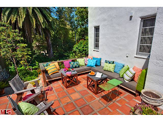 out Coolest House on Caravan! 831 Wellesley Ave.   Brentwood