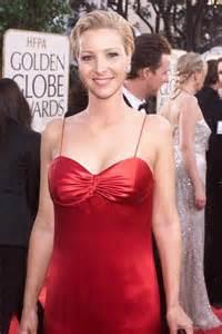 Lisa Kudrow boobs
