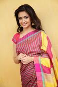 Kriti Kharbanda Glamorous photos-thumbnail-2