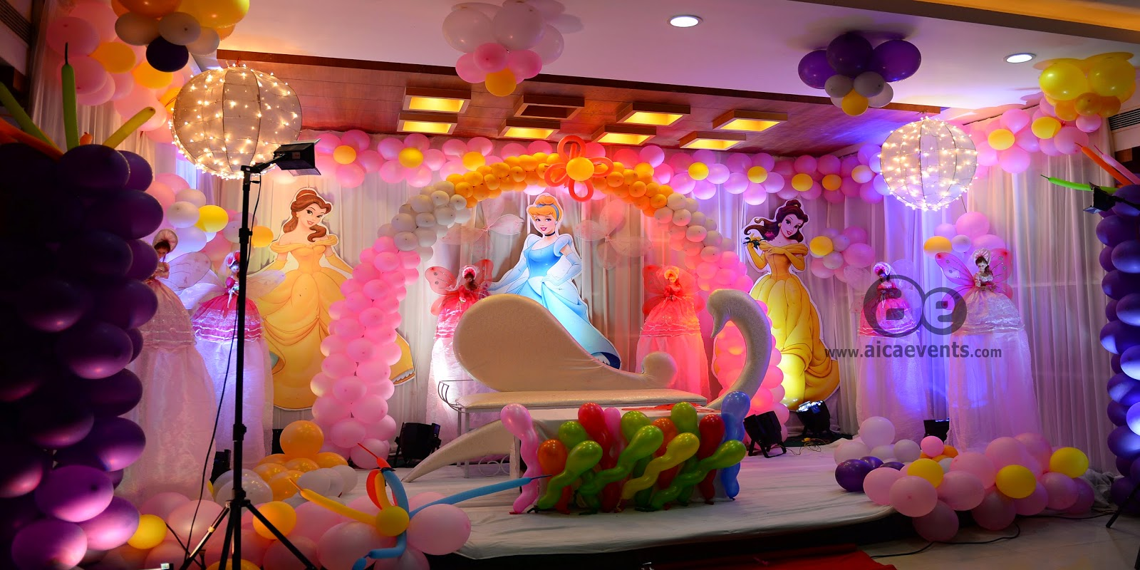 Aicaevents india barbie theme decorations by aica events for Balloon decoration in mumbai