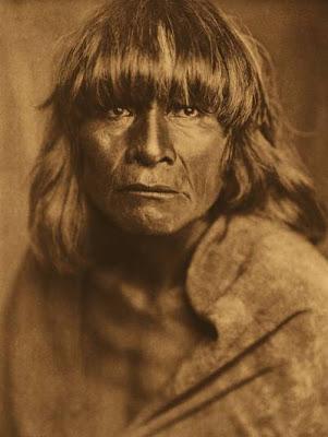 hombre nativo hopi