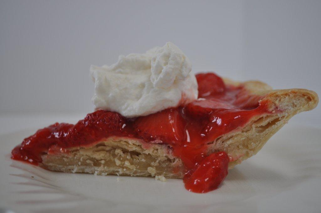 The Friday Friends: Stuffed Crust--Strawberry Cream Pie