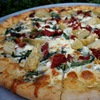 Salem Food Tours - New England Fall Events - Photo by Karen Scalia Flying Saucer Pizza