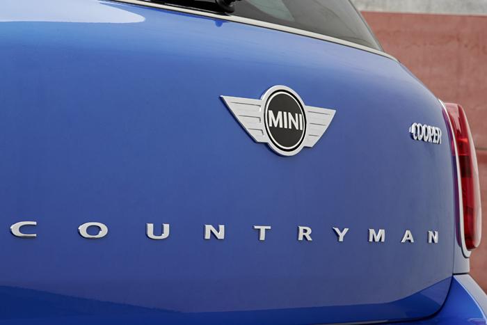 MINI amplía su oferta de modelos con tracción total