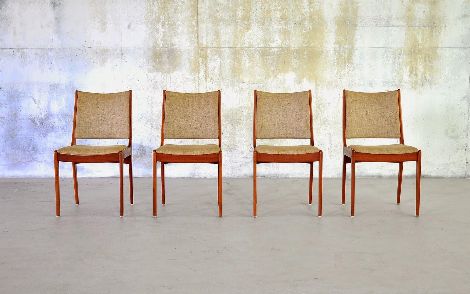 Select Modern Set Of 4 Danish Modern Teak Dining Chairs