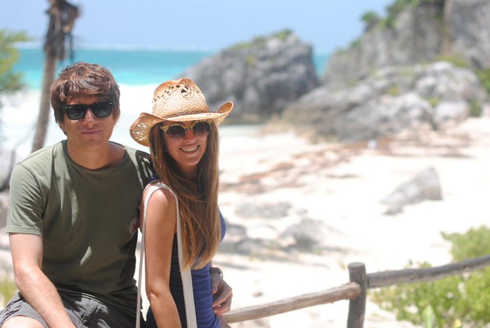 Tulum, Cancun, mayan ruins. Fashion blogger Mónica Sors in Mexico