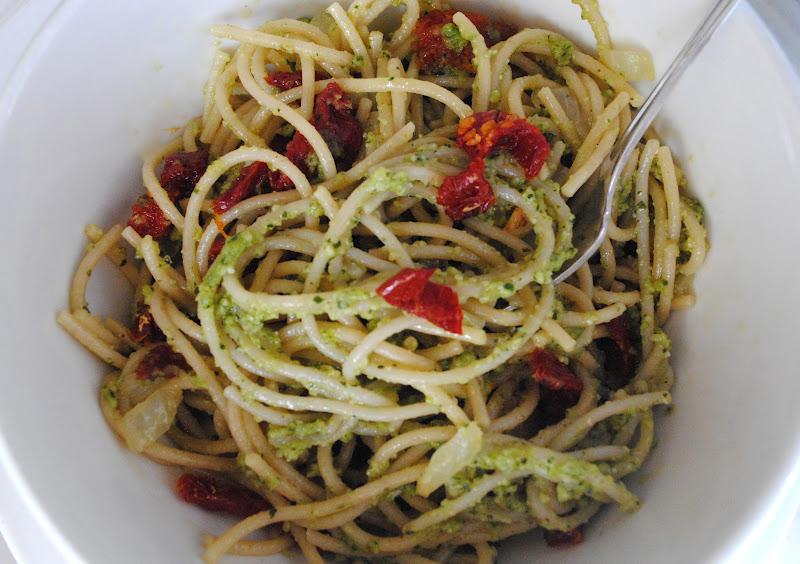 Pesto Pasta With Sun-Dried Tomatoes