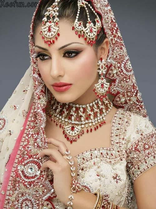 | Bridal Suit Neck Design | Fashion Jewellery Sets | Bridal Bangles ...
