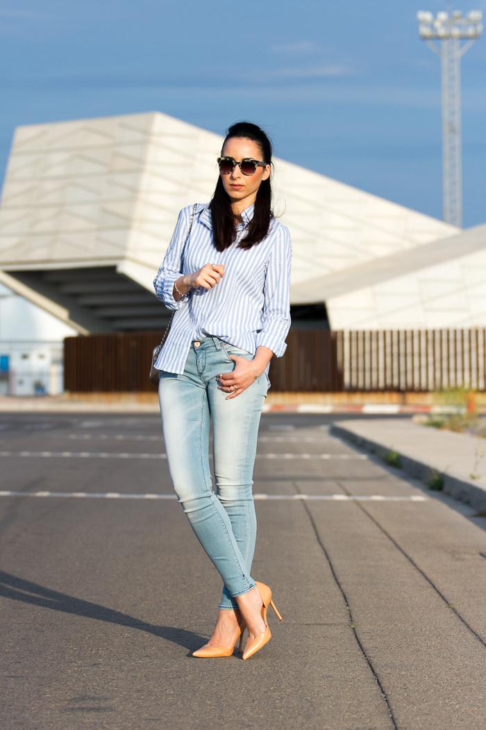 Blogger de moda de Valencia con look para ir a la oficina