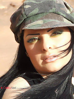 Jordanian Palestinian Arabic Pop Singer Television Host and Actress Diana Karazon Picture Gallery  0003