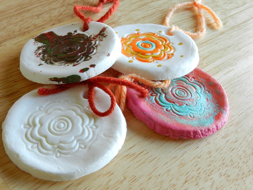 Cornstarch and Baking Soda Christmas Ornaments