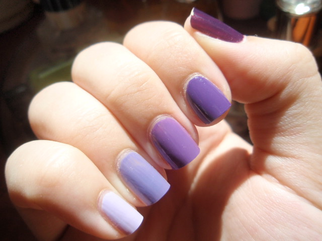 Light Mauve Color Nail Polish