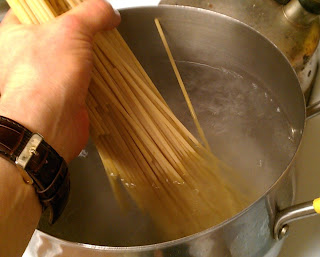 how to make pasta salted water