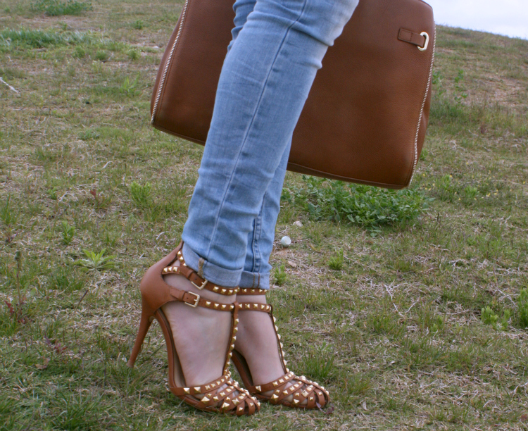 Sandalias estilo cangrejeras