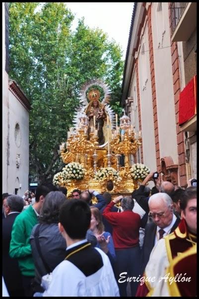 Sevilla Procesión del Amparo 2013