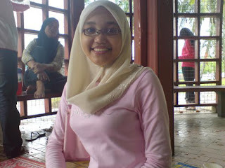 jilbab dada besar