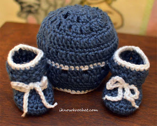 country blue crochet hat and booties