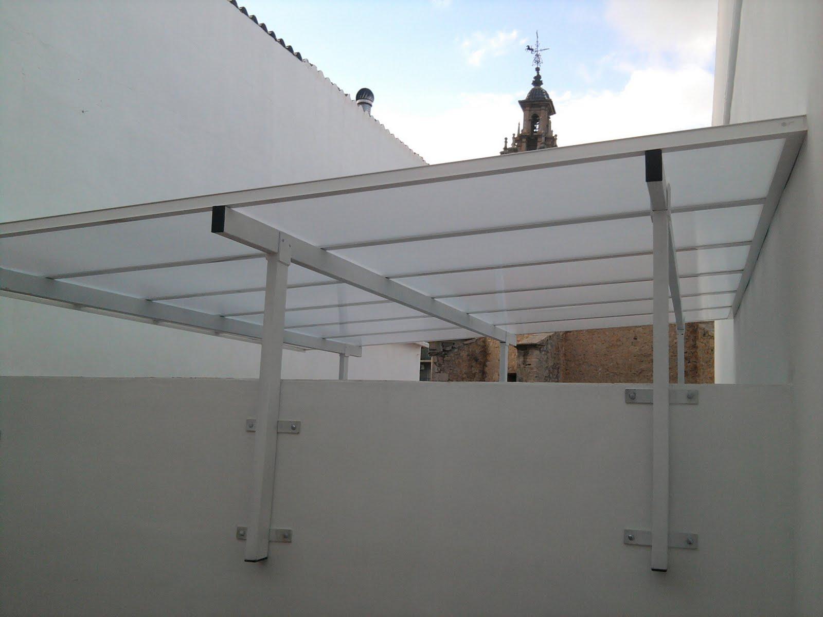 Cerramiento patio luces simple aluminisnacho for Patio de luces normativa