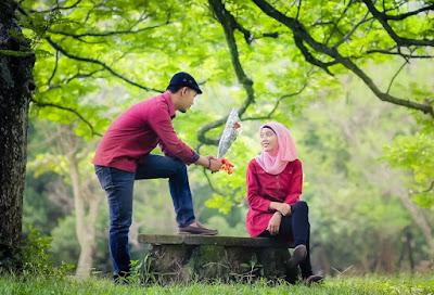 Inilah Manfaat Menikah Muda