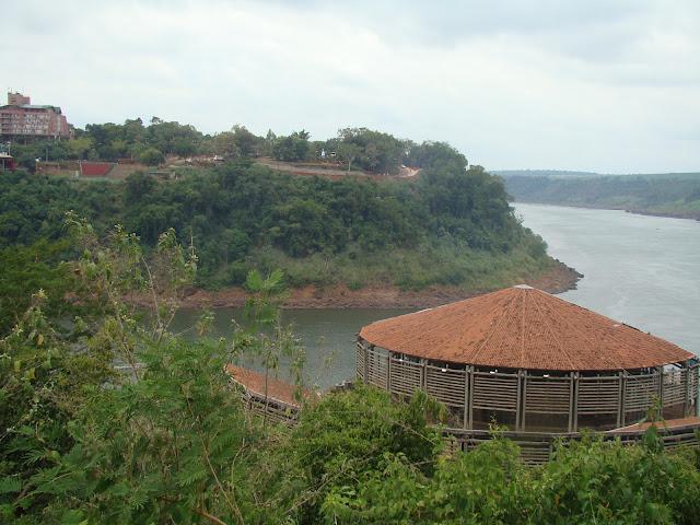 City Tour Loumar Turismo Foz do Iguaçu Marco das Três Fronteiras