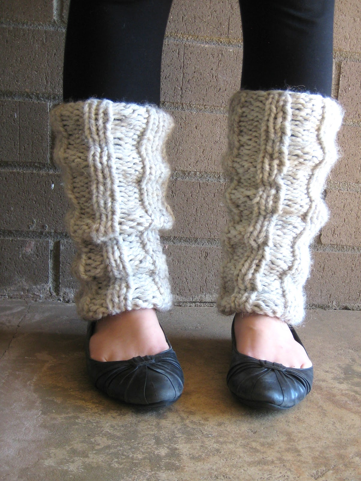 Free Knitting Pattern Ribbed Leg Warmers : the willow nest: free pattern: Ella Knitted Leg Warmers