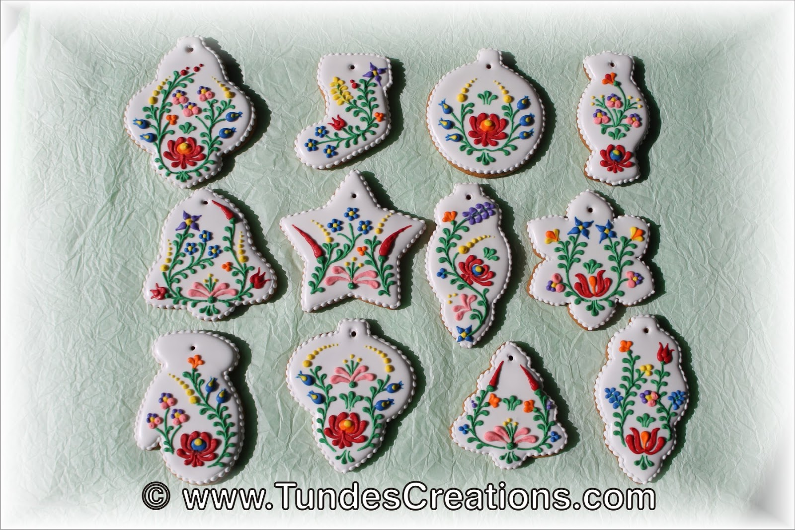The Gingerbread Artist: Christmas cookies with Hungarian folk art ...