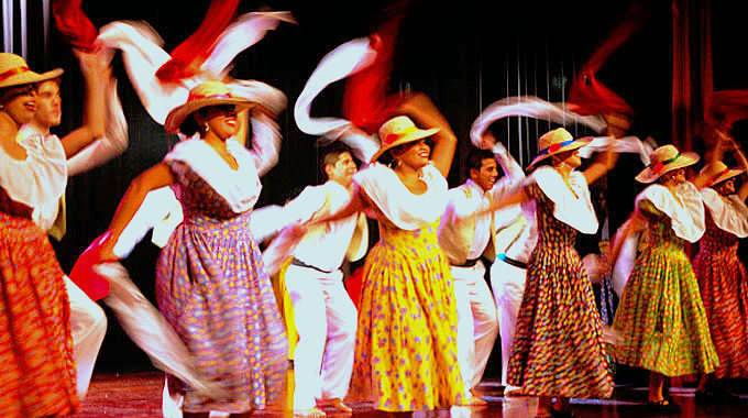 Soy la Madre de las Danzas Sudamericanas