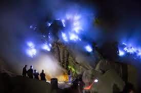 paket wisata kawah ijen bluefire banyuwangi