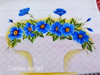 flores azuis para pintar em cesta croche
