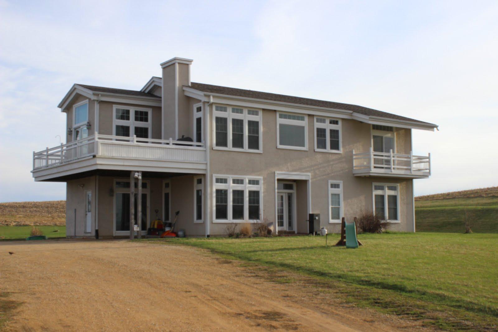 27894 Bellevue Cascade Road, Bellevue, IA $245,900