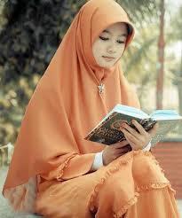Wanita Muslimah Yang Berjilbab Secara Benar