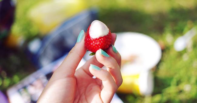 Erdbeere Vanillesoße