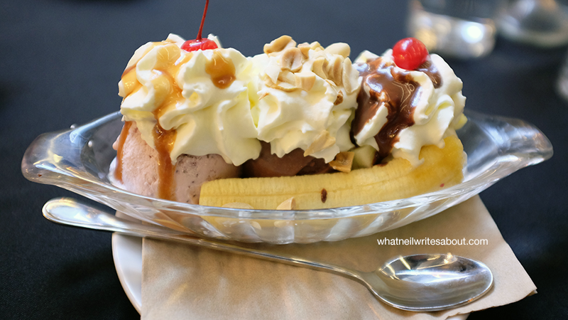 Farmacy Ice Cream and Soda Fountain, The Fort, Global City, Banana Split Review