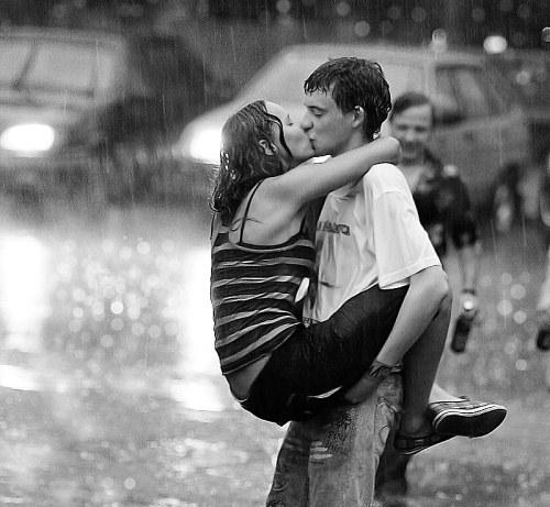 Красивые картинки парня с девушкой целуются