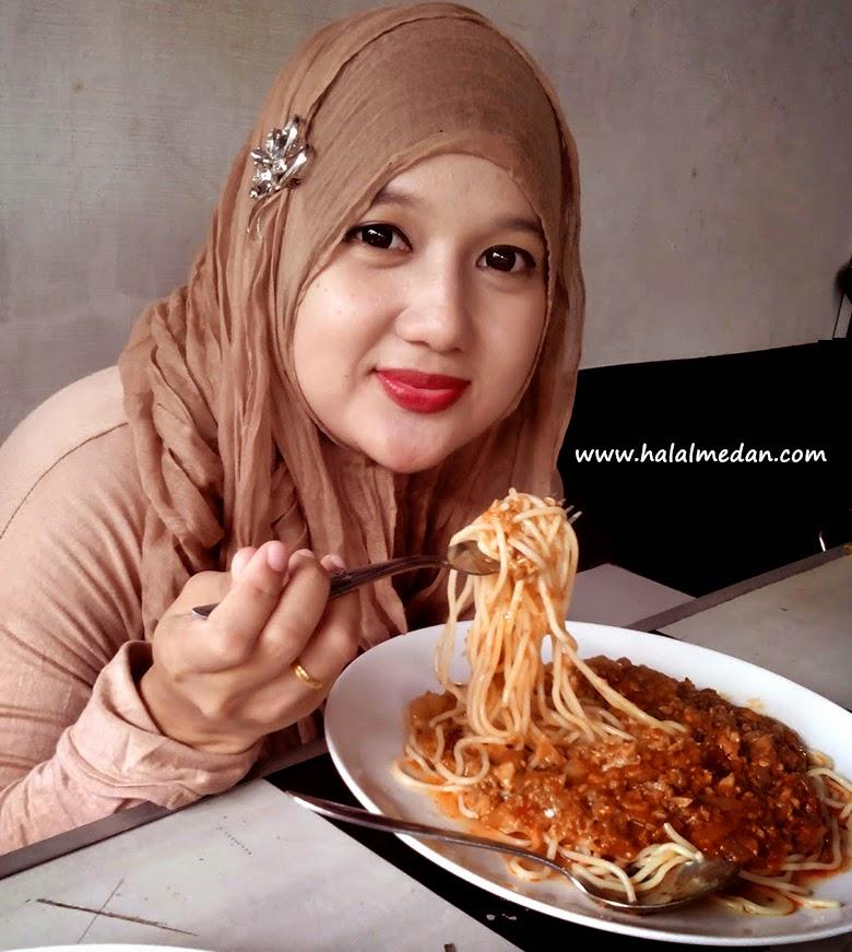 spaghetti Xtra Bolognaise di rumah burger medan