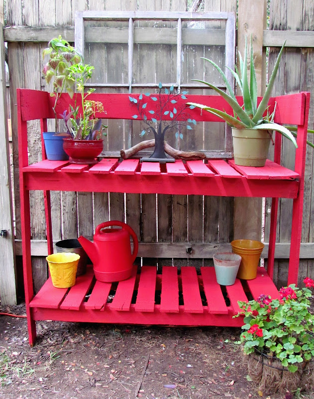 Potting Benches Made From Pallets