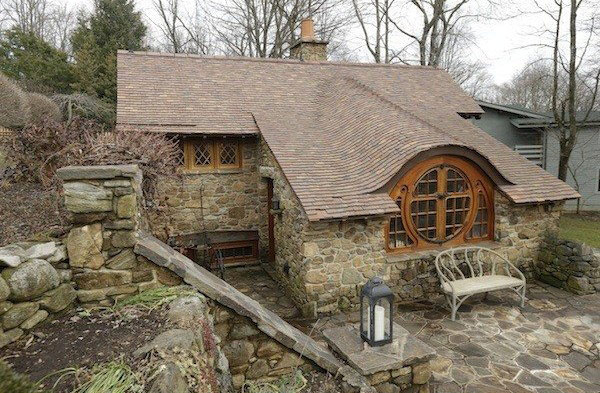 The Hobbit House of Peter Archer