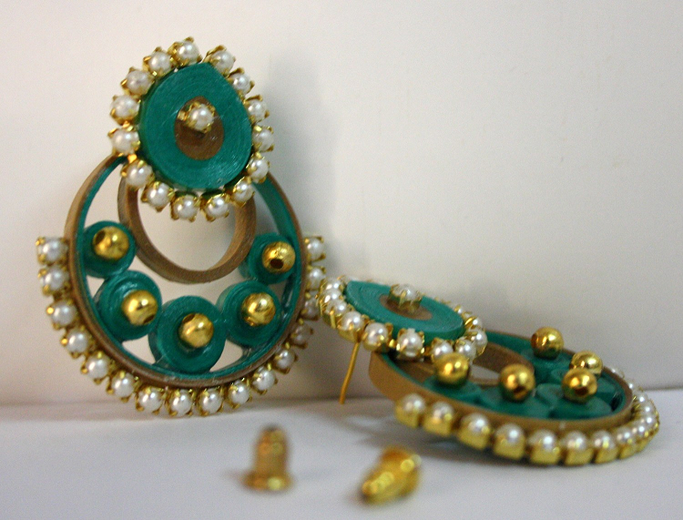 Quilling Earrings Designs Latest : Modern 2015 Quilling Designer Earrings(Diwali Special) - Quilling designs