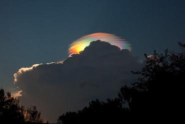 Nube iridiscente sobre Etiopia