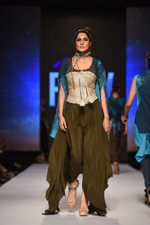 Sonya Batla, Collection Fashion Week 2015, Pakistan Fashion Week, Designer Collection, TFPW15, Telenor Fashion Pakistan Week, Spring Summer 2015, ss15, trends of 2015, fashion week, fashion show in Pakistan, Fashion addiction, Lawn season, Al Karam lawn, fashion blogger, Hot Pakistani Models, redalicerao, red alice rao, Fashion Pakistan Council, Pakistan fashion, Luxury Pret, Pret a porter