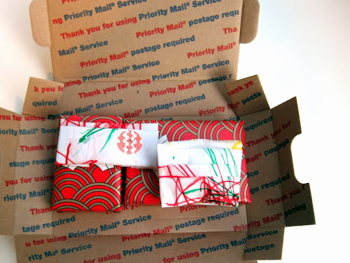 how to wrap christmas gifts to send