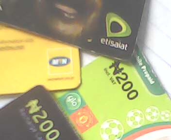 man steals recharge cards