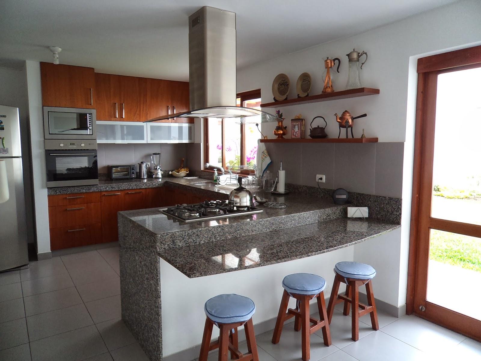 Oniria dise o y ejecuci n de cocinas for Remodelacion de casas pequenas