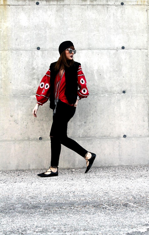 13-black-ripped-jeans-folk-boho-blouse-astrakan-fur-vest