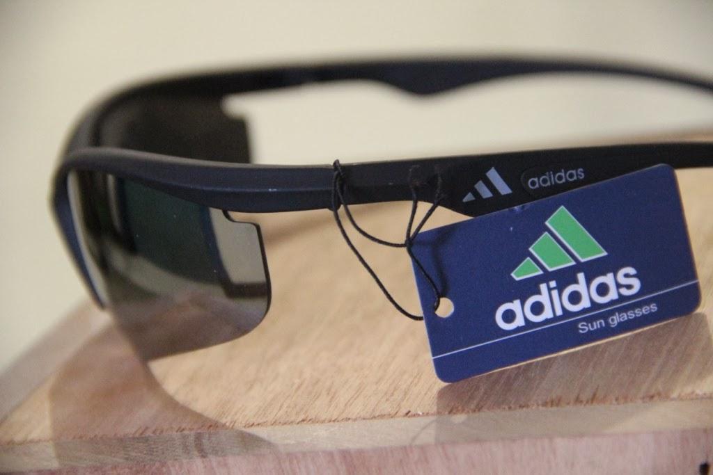 tampak samping kacamata adidas strong sunlight dadi 2105
