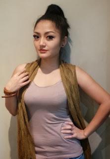 Foto hot seksi siti Badriah