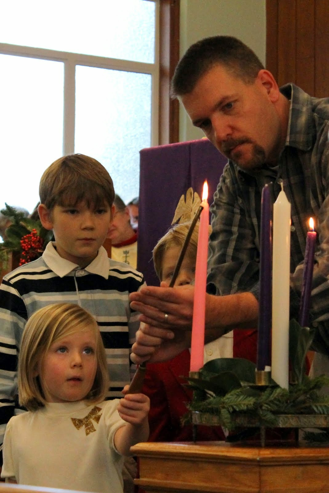 Family lights advent candles