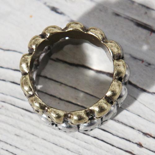 Skull Line Ring