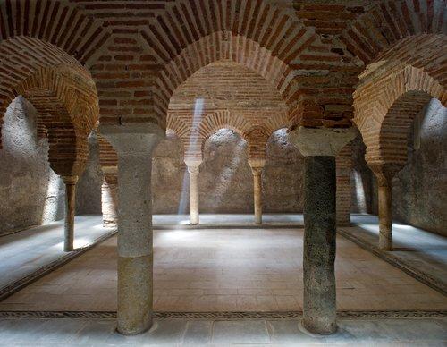 Baño Arabe En Granada: finales del siglo XIX en el semisótano de una vivienda